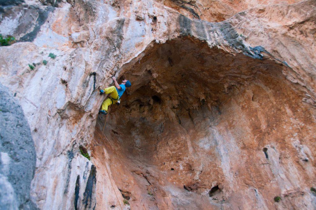 Скалолазные выезды, скалолазные сборы, скалолазные туры на Калимнос с тренером