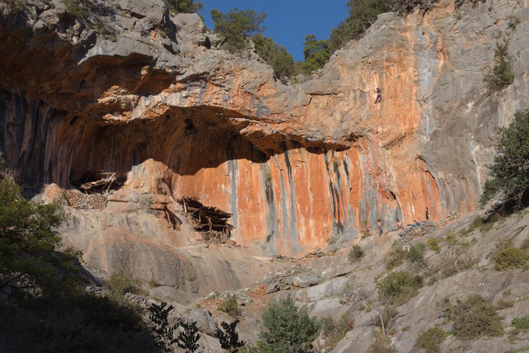 Скалолазание в Леонидио (Греция), выезды на скалы, скалолазные сборы в Греции, скалолазные туры с тренером в Леонидио
