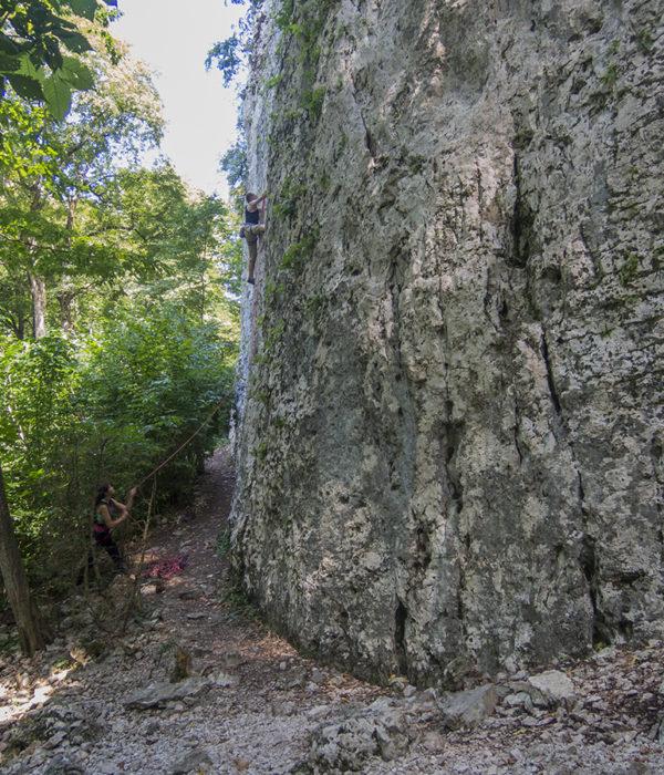 Скалолазание в Гуамке. Скалолазные выезды, скалолазные путешествия, скалолазные сборы с тренером в Гуамке